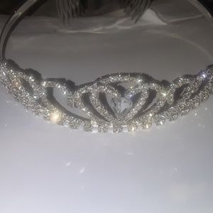 New Never Used Tiara crown